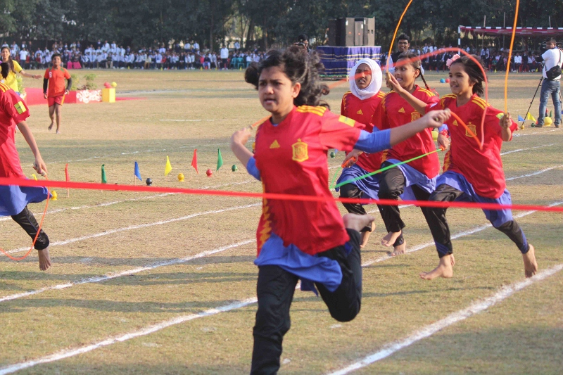 Inter-House Athletics (Female) (800x533)