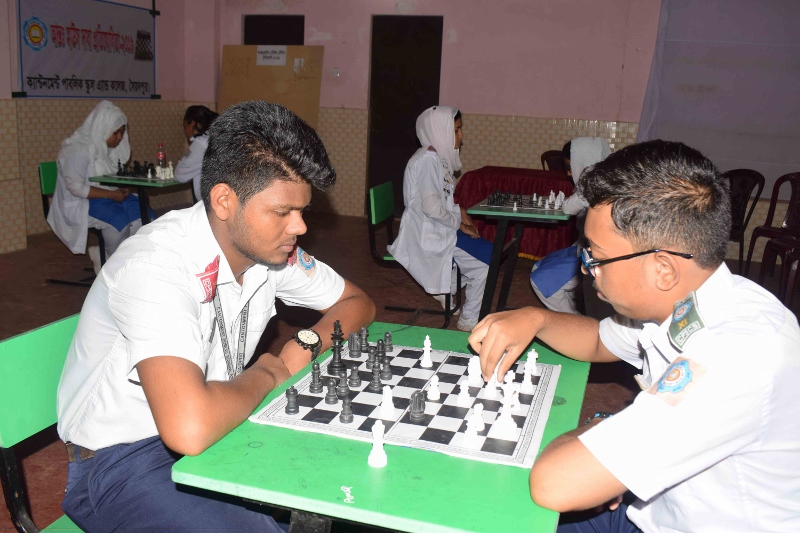 Inter-House Chess (Male) (800x533)